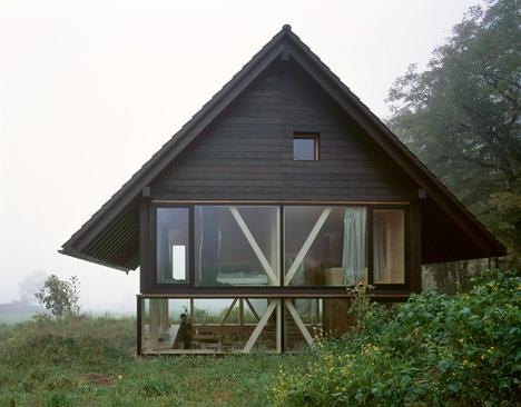 サムネイル:パスカル・フラマーによるスイス・バルシュタールの住宅「House in Balsthal」