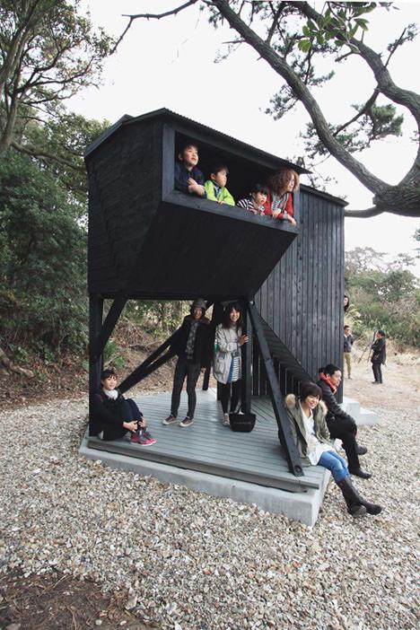 サムネイル:POINTによる愛知県三河湾・佐久島の物見台「アポロ / Apollo」