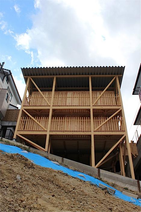 サムネイル:宇野友明による名古屋の住宅「一つ山の家」