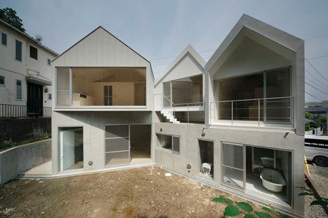 サムネイル:K2YT(Thirdparty)による神奈川の共同住宅「逗子のアパートメント」