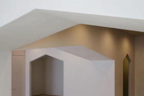 サムネイル:aaat 高塚章夫建築設計事務所/高塚章夫によるマンションの改修「1+7R」