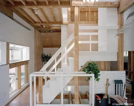 サムネイル:青木弘司 / 青木弘司建築設計事務所による賃貸併用住宅の改修「調布の家」と論考「リノベーションからフラグメンテーションへ」