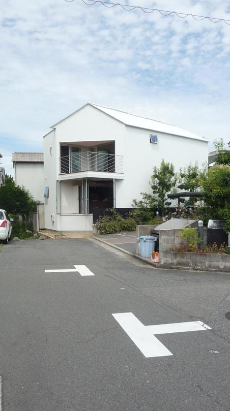 サムネイル:中村×建築設計事務所による大阪の住宅「ドンツキと家」の内覧会が開催[2014/9/20・21]