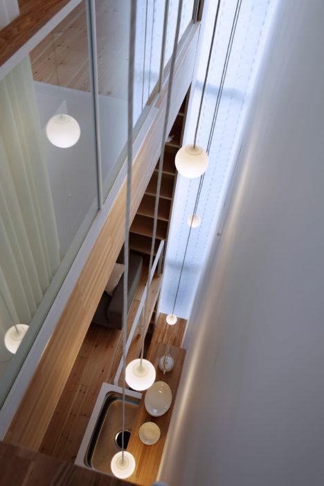 サムネイル:髙橋真紀建築設計事務所による埼玉の住宅「シナの木と白い家」