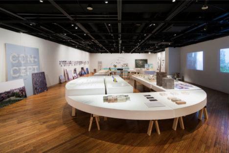 サムネイル:長坂常・中村竜治・On design・吉村靖孝・永山祐子・TNAとフランス人建築家6組による建築展「PARIS TOKYO – 都市の生成と継承をめぐる対話 -」の会場写真