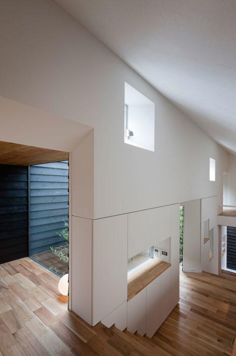 househ011
