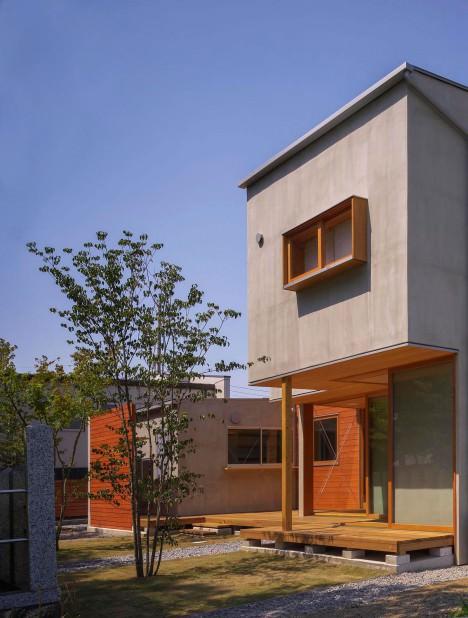 サムネイル:諸江一紀建築設計事務所による三重の「東員の住宅」