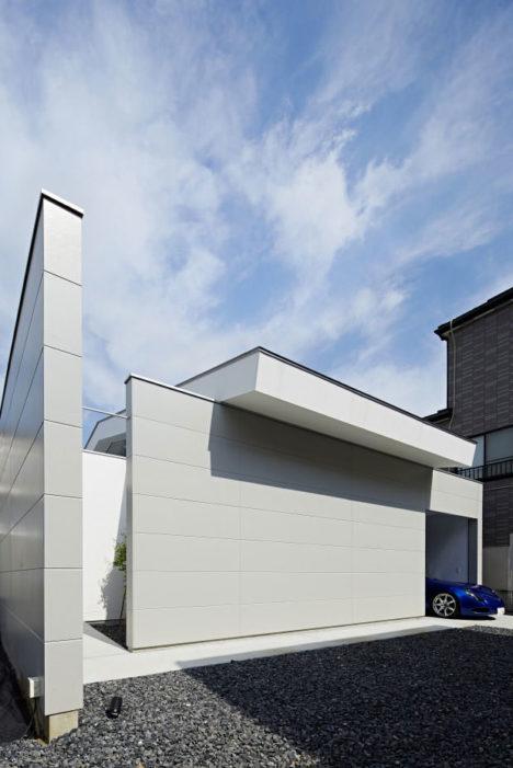 サムネイル:山本浩三建築設計事務所による東京・足立区の住宅「椿の家」