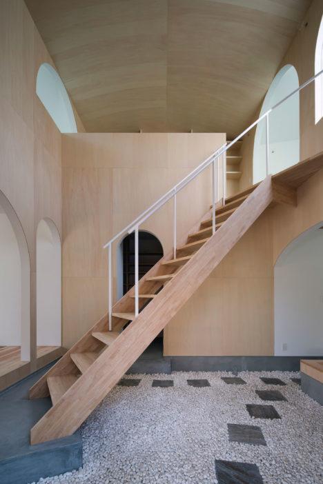 サムネイル:岸本貴信 / CONTAINER DESIGNによる山口県下松市の住宅「下松の中庭」