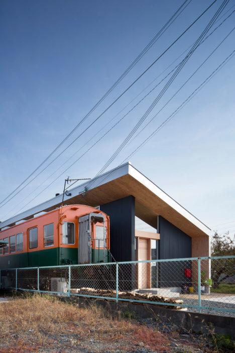 サムネイル:岸本貴信 / CONTAINER DESIGNによる兵庫県高砂市の住宅「プラットホーム」