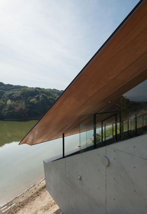 サムネイル:谷尻誠+吉田愛 / SUPPOSE DESIGN OFFICEによる福岡の「桧原の家」