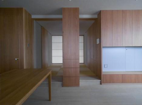 サムネイル:田所克庸建築研究所+un voice一級建築士事務所withexpoによる「縦縞の室内」