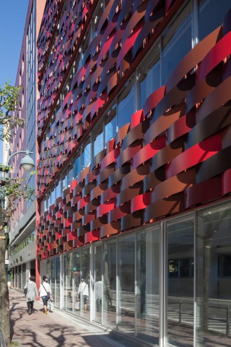 サムネイル:相坂研介設計アトリエによる東京の「慶雲ビル」