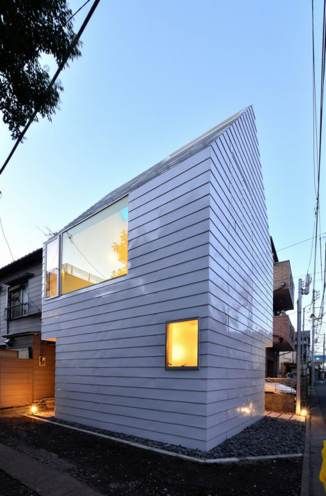 サムネイル:原田将史+谷口真依子 / Niji Architectsによる、東京・目黒の「鷹番の長屋」