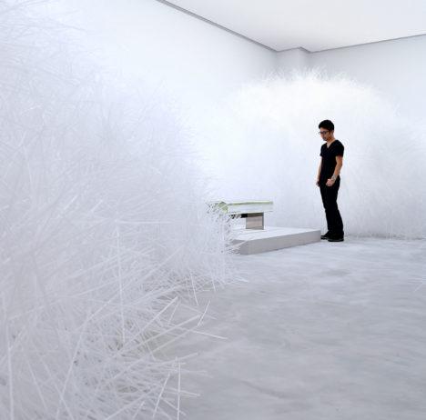 サムネイル:吉岡徳仁の佐賀県立美術館での展覧会「吉岡徳仁展