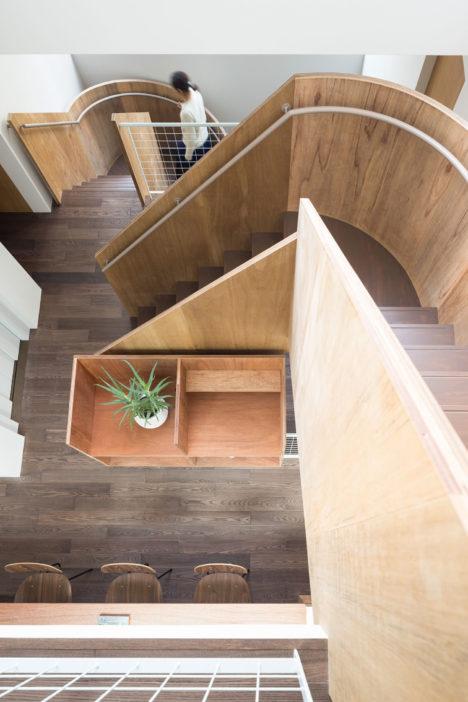 サムネイル:成瀬・猪熊建築設計事務所による「板橋の立体住居」