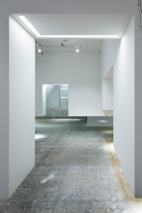 サムネイル:佐々木龍一 / 佐々木設計事務所による、オフィス+イベントラウンジスペース「WALL CLOUD」