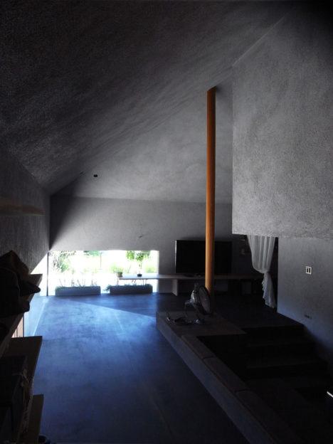 サムネイル:服部信康建築設計事務所による、愛知県小牧市の「河原邸」とその内覧会情報