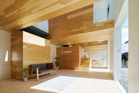 サムネイル:藤田修司 + 新保優樹 / SYAPによる、三重県の「四日市の住宅」