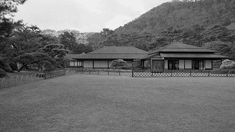 サムネイル:早稲田大学・中谷礼仁研究室による、日本建築の「柱間装置」についての研究をまとめた短編映画が、窓研究所のサイトで公開