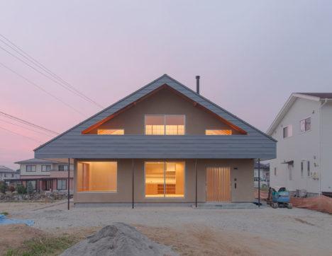 サムネイル:勝野大樹 / 建築研究所フォーラムによる、長野県伊那市の住宅「ハウス M」