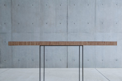 サムネイル:+ticによる、個人住宅のための家具「plywood board」