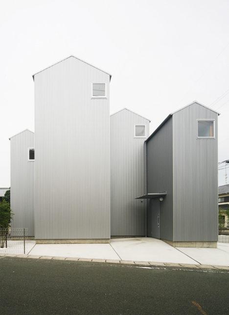 サムネイル:後藤周平建築設計事務所による、静岡県湖西市の住宅「湖西の家」