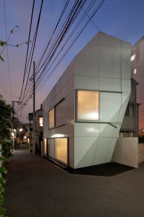 サムネイル:ヴィール・アレッツによる、東京都港区の住宅「A' House」