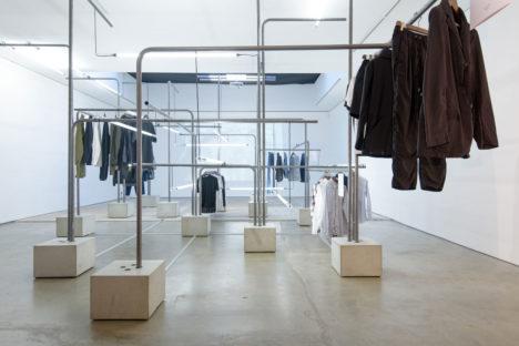サムネイル:長坂常 / スキーマ建築計画が会場構成を手掛けた、ロンドンでの展示会「MR PORTER × BEAMS exhibition@London」
