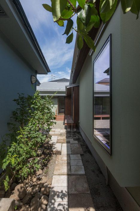 サムネイル:島田宇啓建築設計事務所による、東京都杉並区の住宅「テルヤマモミジの家」