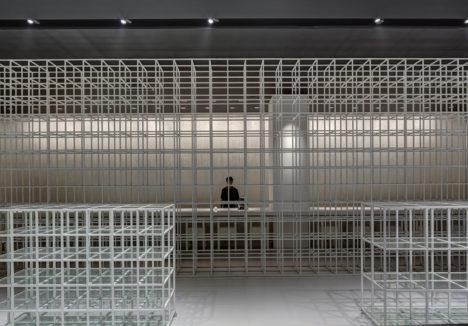サムネイル:山﨑健太郎デザインワークショップによる、クアラルンプールの物販店「FAN JAPAN SHOP」です