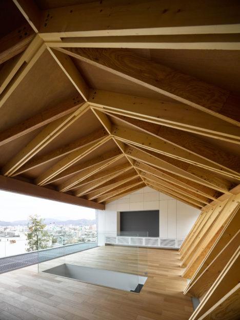 サムネイル:黒崎敏 / APOLLO Architects & Associatesによる、愛媛県松山市の住宅「WRAP」