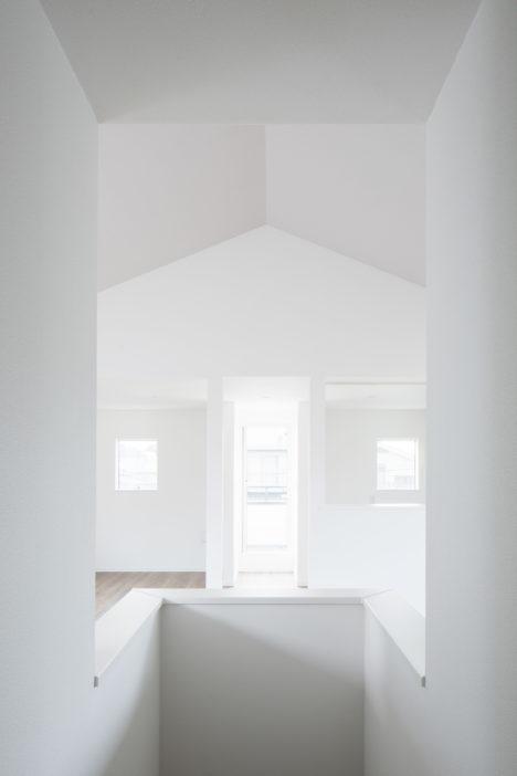 サムネイル:大室佑介アトリエ / atelier Ichikuによる、東京の住宅「Haus-004」