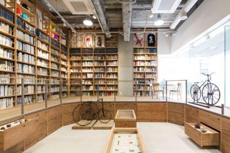 サムネイル:TANK+建築設計加藤住吉による、東京・品川の、自転車に関する博物館兼図書館「自転車文化センター」