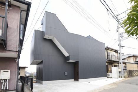 サムネイル:kurosawa kawara-tenによる、千葉県千葉市の住宅「Sさんのための家」