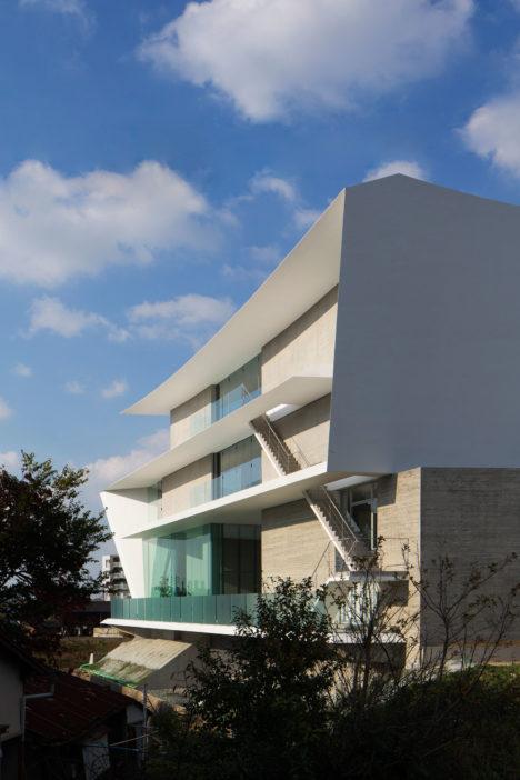 サムネイル:窪田勝文 / 窪田建築アトリエによる、福岡県福岡市の、事務所・ショールーム「kitchenhouse fukuoka showroom」