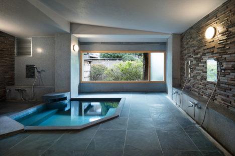 サムネイル:二俣公一 / ケース・リアルによる、兵庫県豊岡市の旅館・三木屋の浴室の改修「三木屋 つつじの湯」