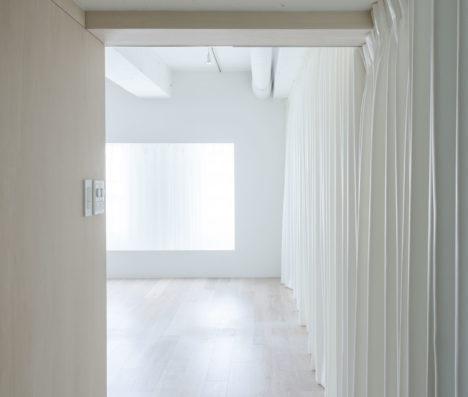 サムネイル:五十嵐淳建築設計事務所による、北海道・札幌の「小さな矩形」