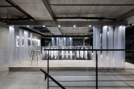サムネイル:ODS / 鬼木孝一郎による、東京都渋谷区の店舗「STUDIOUS USED」