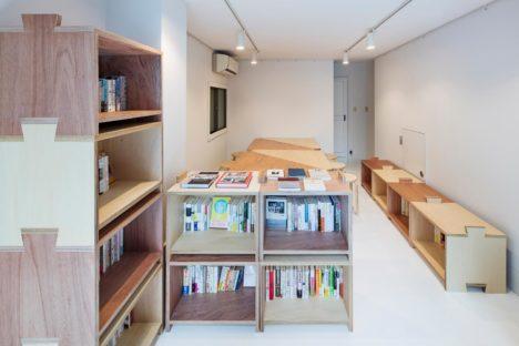 サムネイル:ツバメアーキテクツによる、東京・日本橋の、オフィスの計画「継手のある家具」