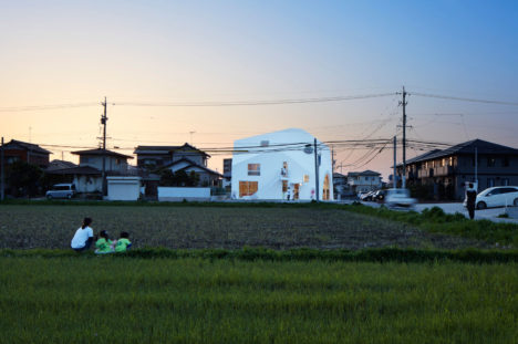 03_MAD_Clover-House_Fuji-Koji