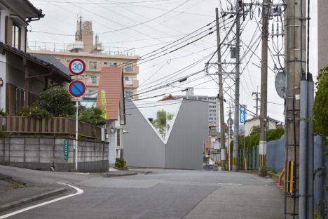 サムネイル:江藤健太アトリエによる、大分県大分市の住宅「王子の家」