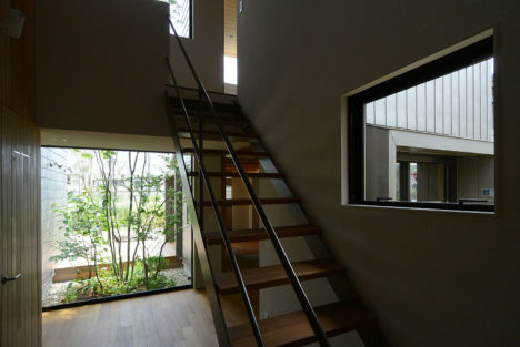 サムネイル:アオイデザインによる、大阪府の住宅「h19y」