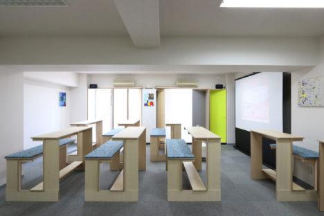 サムネイル:POINTによる、東京・渋谷の、可動家具によるオフィスリノベーション「AITオフィス」