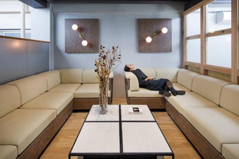 サムネイル:田中裕之建築設計事務所による、東京都世田谷区の「プレスラボオフィス改修工事」