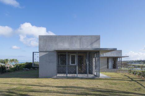 サムネイル:二俣公一 / ケース・リアルによる、鹿児島・与論島の住宅「与論の別邸」