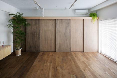 サムネイル:篠元貴之+藤澤竜也 / VOAR DESIGN HAUSによる、東京の、集合住宅の一住戸の改修「Opera」