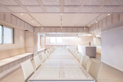 サムネイル:松島潤平建築設計事務所による、東京・西池袋の、レンタルキッチンスペースPatiaの内装デザイン「Patia IKEBUKURO」