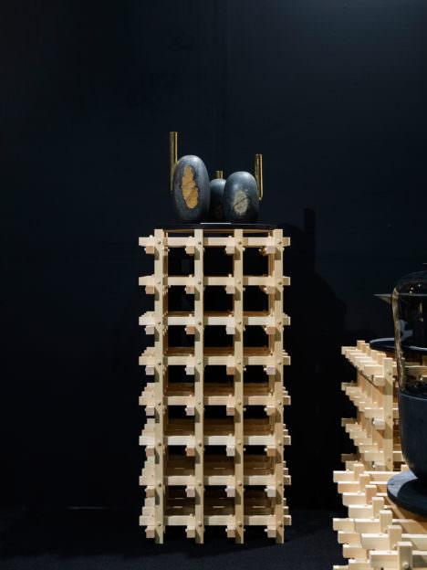 サムネイル:TANK / 柴田祐希による、プロダクト企業・大蔵山スタジオの展示会の為の会場構成「Okurayama Studio IFFT 2016」