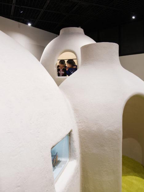 サムネイル:丹青社+POINTによる、静岡・御殿場の、公民館のキッズスペースを改修するプロジェクト「高根中郷館キッズスペース」